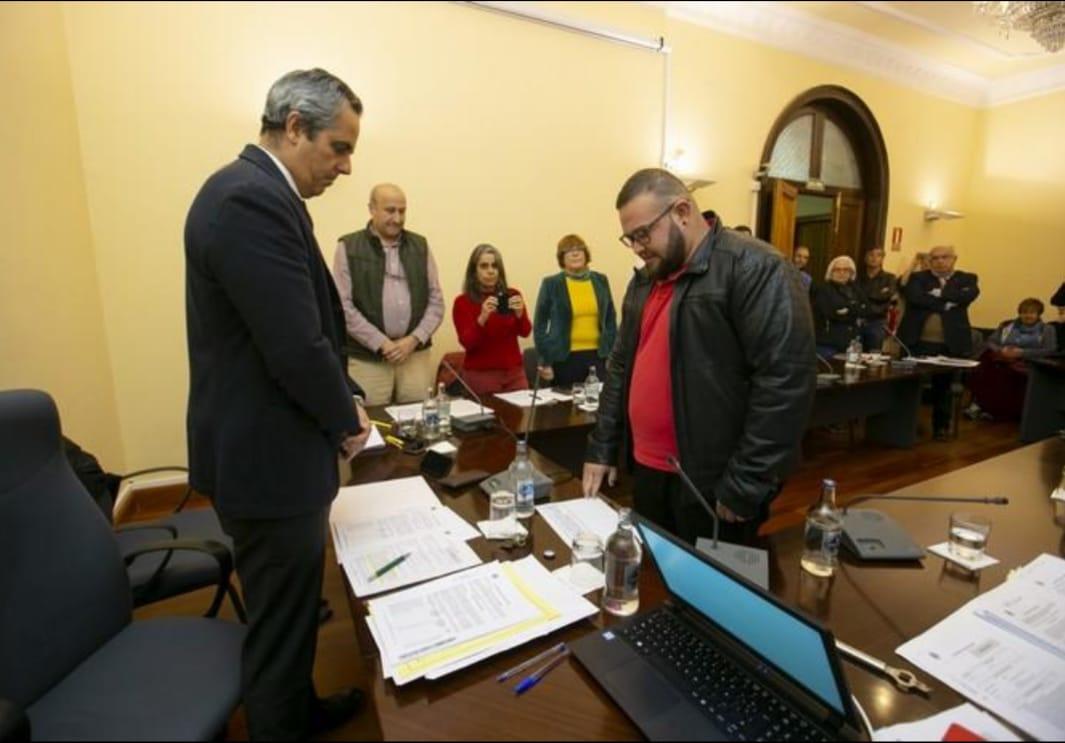 Álvaro Martín promete el cargo ante el Pleno Municipal